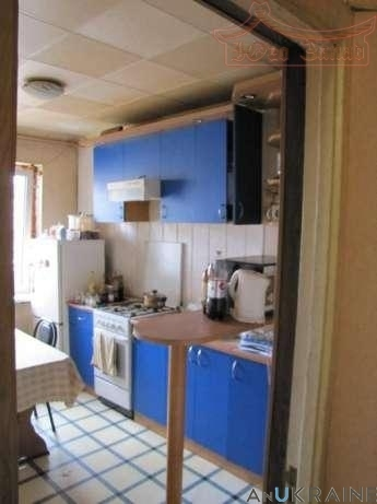 продажа трехкомнатной квартиры номер A-100460 в Малиновском районе, фото номер 6